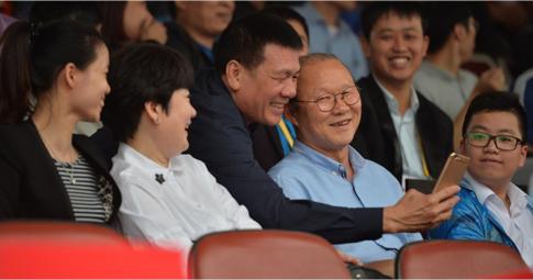 V.League quyết phá lệ vì HLV Park Hang Seo