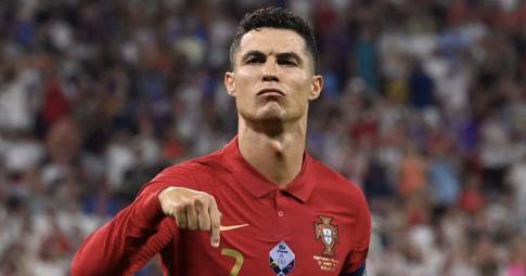 Đội hình tiêu biểu vòng bảng EURO 2021: Đẳng cấp của Ronaldo
