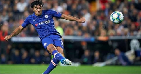 Chelsea phản hồi về việc muốn mua Reece James của Man City