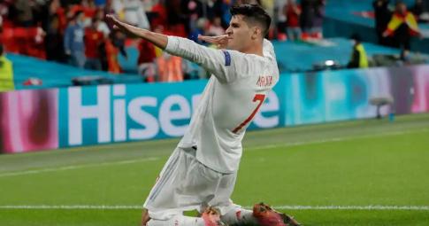 Morata đi vào lịch sử trong ngày Tây Ban Nha rời EURO 2021