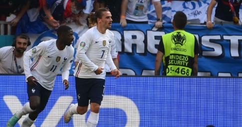 Hai ngôi sao của tuyển Pháp gặp họa