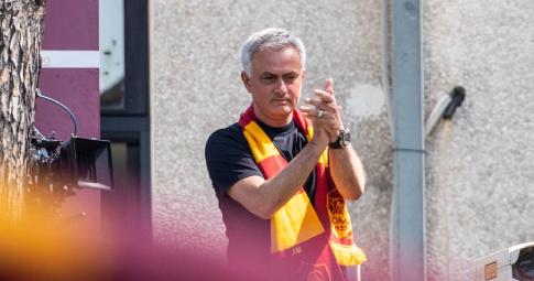 Mourinho thành lọc cầu thủ, đón sao mới