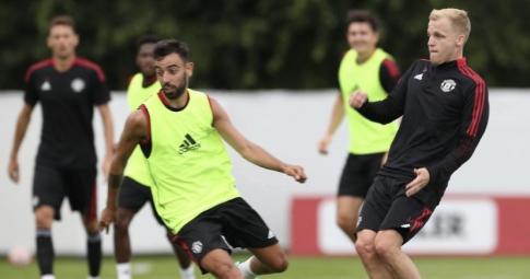 """Bruno Fernandes: """"Cậu ấy rất chăm chỉ và là cái tên chất lượng trong đội hình MU"""""""