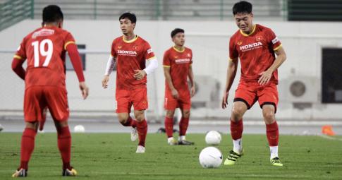 Trung Quốc lo sợ một cầu thủ ĐT Việt Nam, không phải Quang Hải