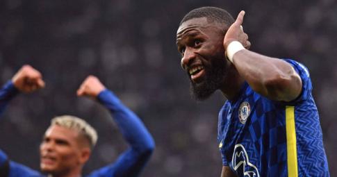 Sao Chelsea suýt bỏ lỡ derby London vì thủ tục liên quan đến dịch COVID-19