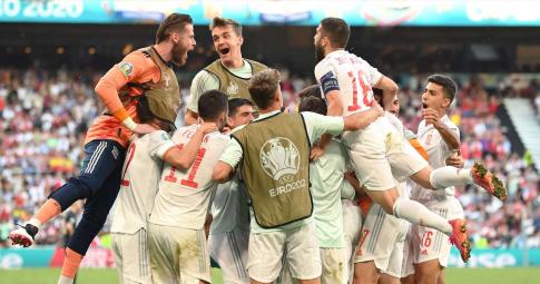 Highlights Croatia - Tây Ban Nha: Diễn biến choáng váng với 8 bàn thắng | EURO 2021